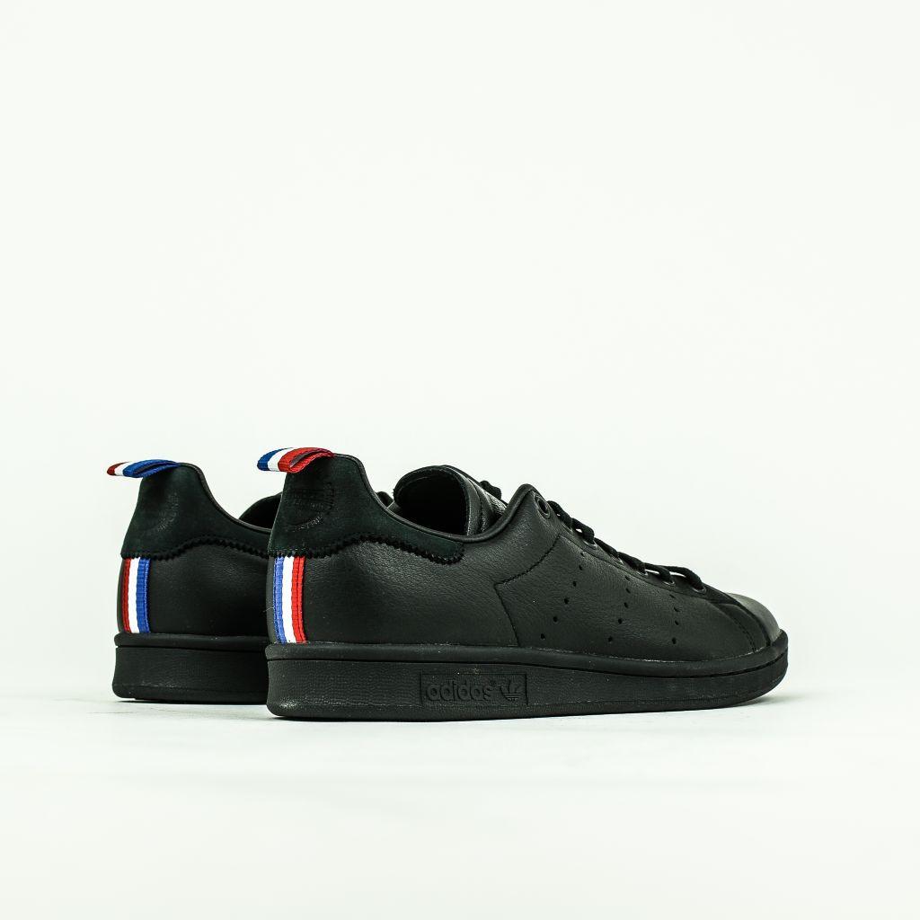 stan smith adidas noir
