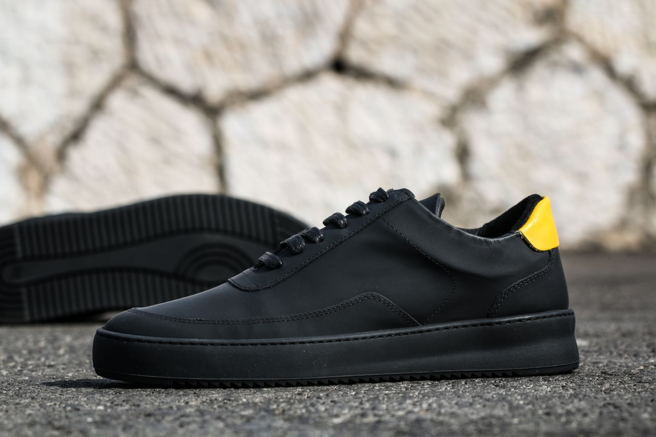 Black Low Mondo Ripple Sneakers Filling Pieces Clearance Low Price Fee Shipping Extremely Cheap Price Best Cheap Online QtYcRUq